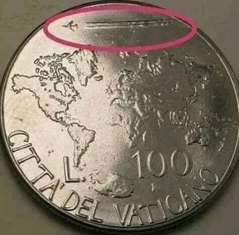 """Moneda cu chemtrail"" a Vaticanului"