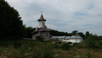 Preoții de la Rădeni, șantajați de membri ai grupului Sava-Staicu să accepte deciziile schismatice de la Mestecăniș
