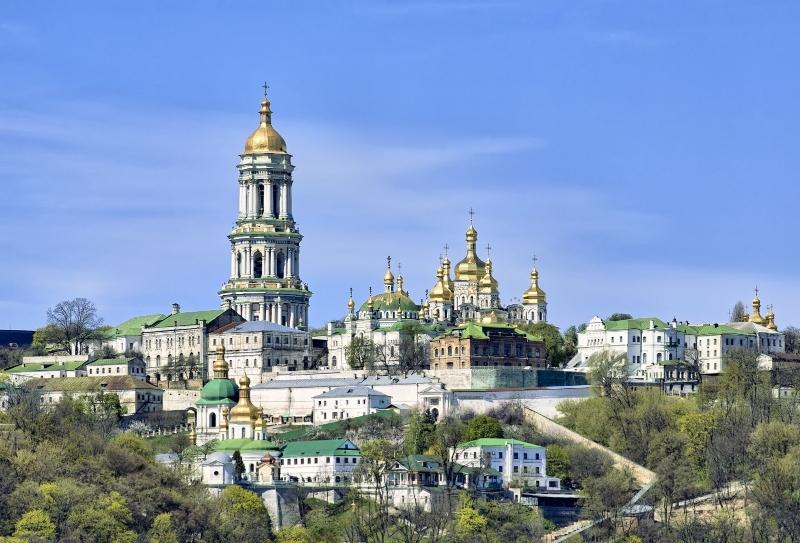 Kievul schismatic intenționează să preia Lavra Peșterilor de la Biserica Ucraineană Canonică