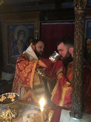 """""""Potir comun"""" cu schismaticii ucraineni în Sfântul Munte, la Mănăstirea Pantocrator"""