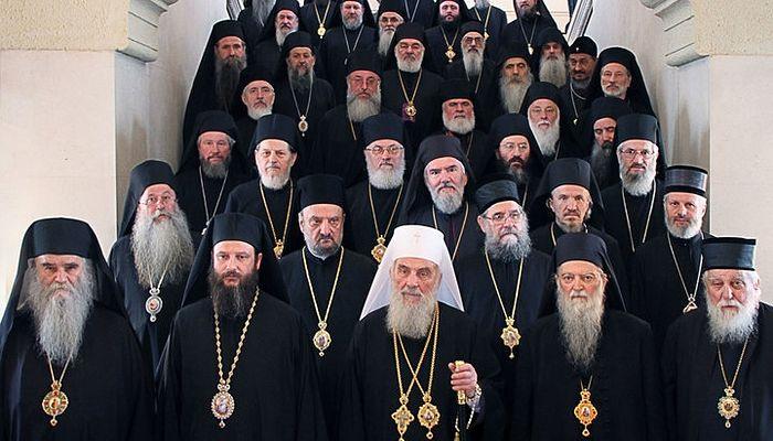 Biserica Serbiei menține, deocamdată, din iconomie comuniunea cu Constantinopolul