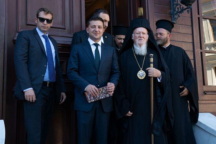 Patriarhul Bartolomeu și președintele Zelenski au hotărât să nu se amestece în treburile BOU