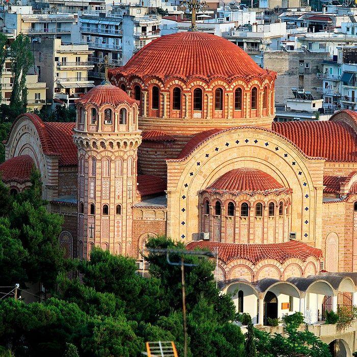 Sfântul Sinod al Bisericii Elene este pe cale să decidă recunoașterea BOU