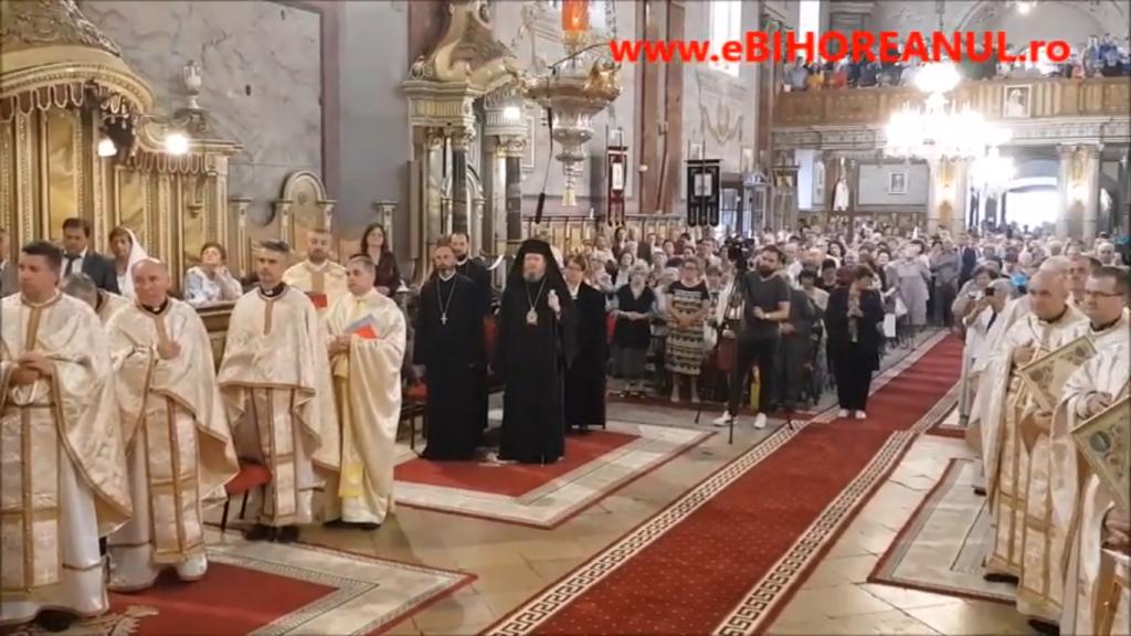 Credincioși bihoreni cer sinodului Mitropoliei Ardealului caterisirea episcopului Sofronie Drincec pentru apostazie