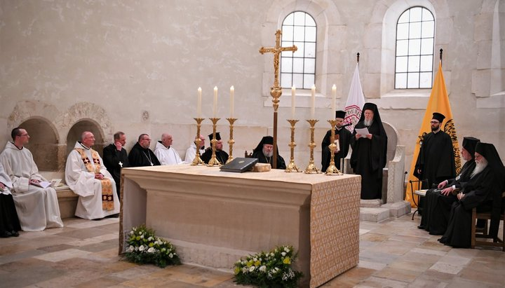 Pseudo-patriarhul Bartolomeu îi anunță pe călugării din Athos că unirea cu papistașii este inevitabilă